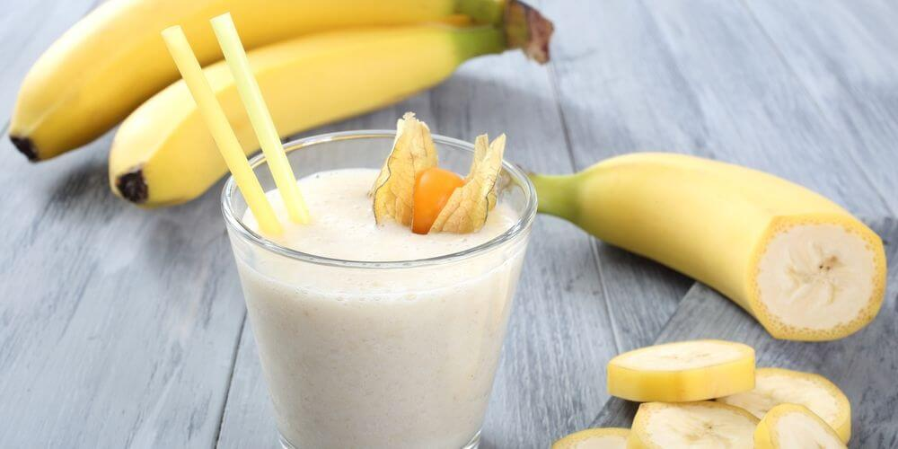 banana-and-milk-smoothie