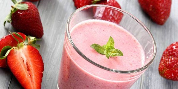 fruit-smoothies-strawberry_O